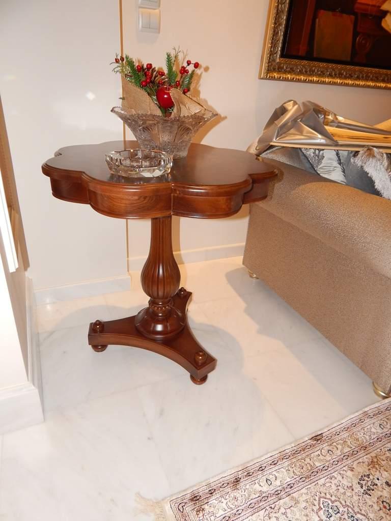 classic coffe table