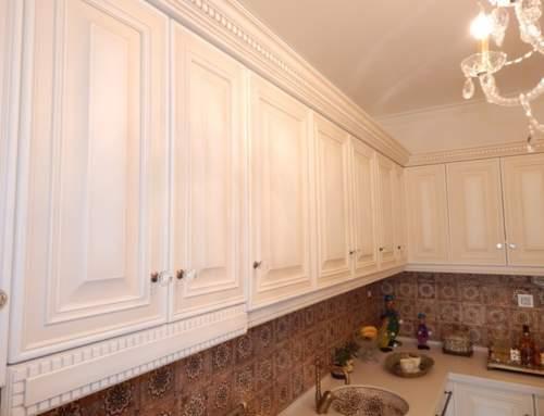 Ντουλαπια κουζινας πατινα